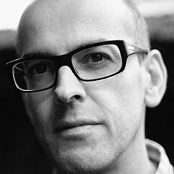 Martin Veiga, Author